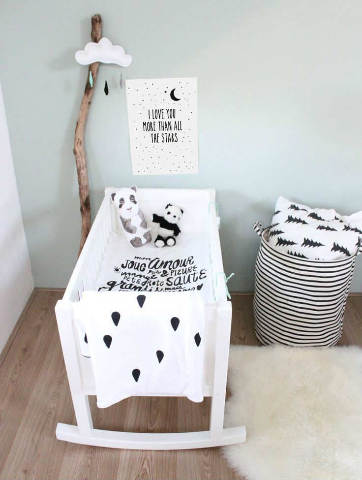 Wonderful kidsroom in black and white | 10 Nicely Neutral Nurseries Part 2 - Tinyme Blog