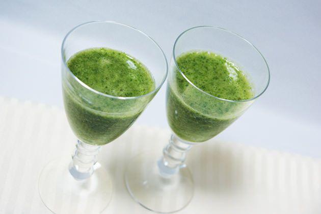 〈小松菜〉 小松菜には粘膜や皮膚を強化するビタミンA、発がん物質の作用を弱めるビタミンC、細胞の老化...