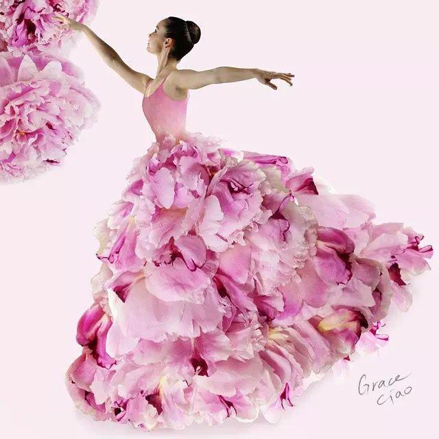 Открытка платье из цветов