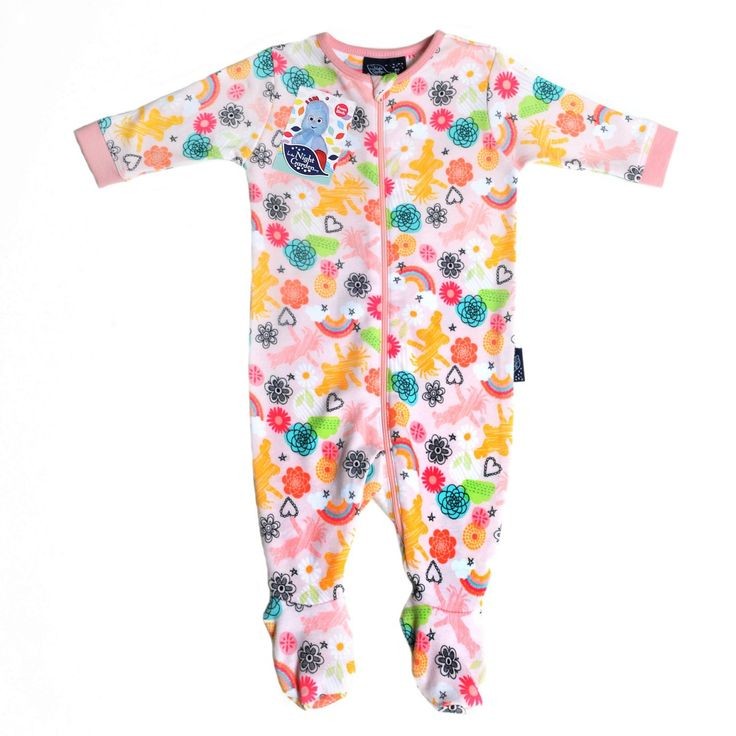 So...why didn't somebody make baby sleep suits with zips earlier?? As a dad, with dad hands I can't stand poppers on baby clothes as they are just too darn small and fiddly! Zip up baby clothes get a big thumbs up and I love the Zippy brand for making these.
