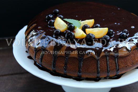 Карамельный пирог в мультиварке