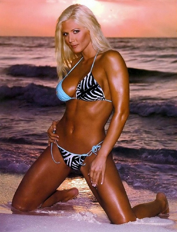 Wwf naked hot girls #2