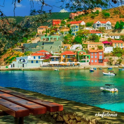 Yunan Adaları'nın sizi adeta büyüleyen atmosferinde muhteşem bir tatile ne dersiniz?