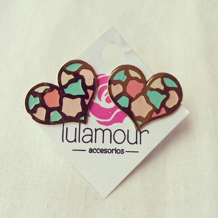 Cute hearts earings. More on @lulamourr on instagram And Lulamour Accesorios on Facebook. Colombian brand