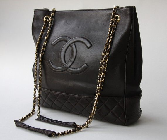 I have this bag in black - i have no idea if it's real or not!