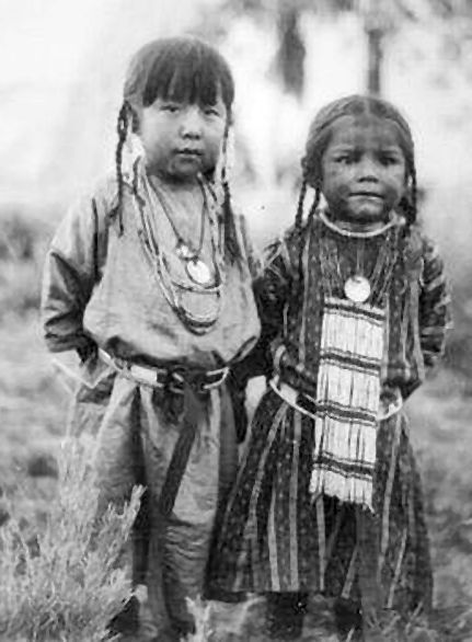 Little Lakota Girls.