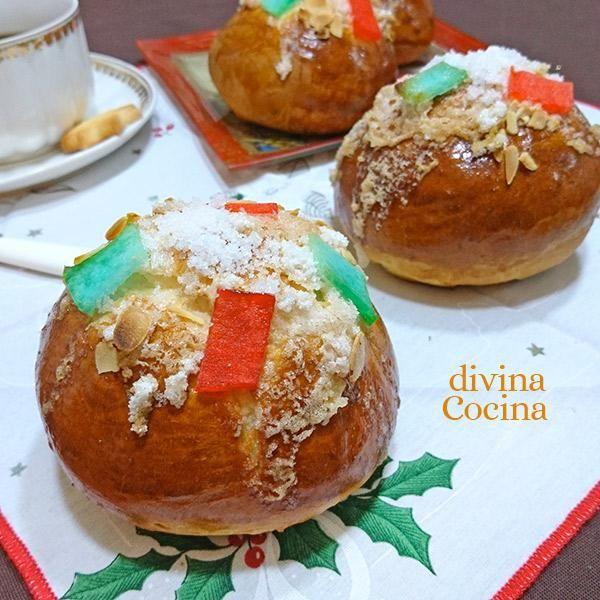 Estos bollitos de Roscón de Reyes se preparan con la receta tradicional del Roscón pero algún detalle especial. Es una forma original de preparar el Roscón.