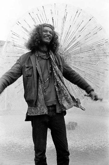 Hippie, Kings Cross 1970-71 | Rennie Ellis Photographic Archive