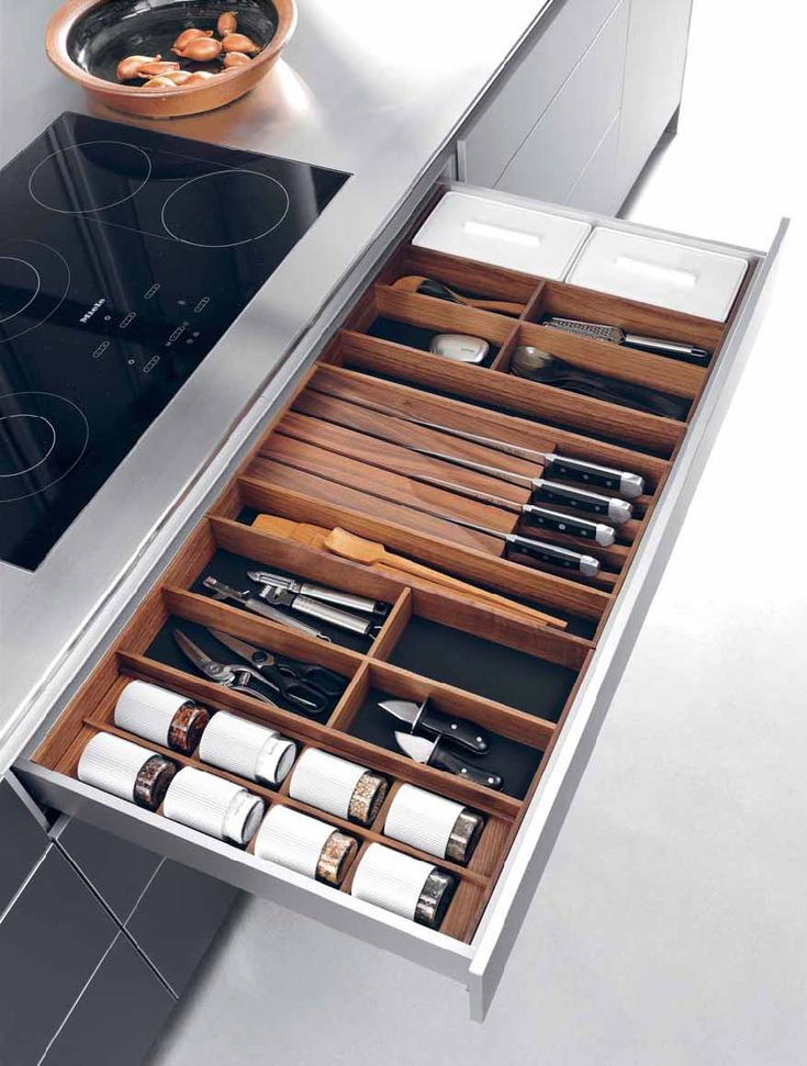 bulthaup  drawer organization  removable trays www