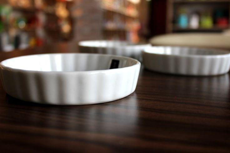 Delikatne miseczki na dipy o średnicy 12 cm nie tylko udekorują stół, ale wzbogacą kolację o nowe smaki.