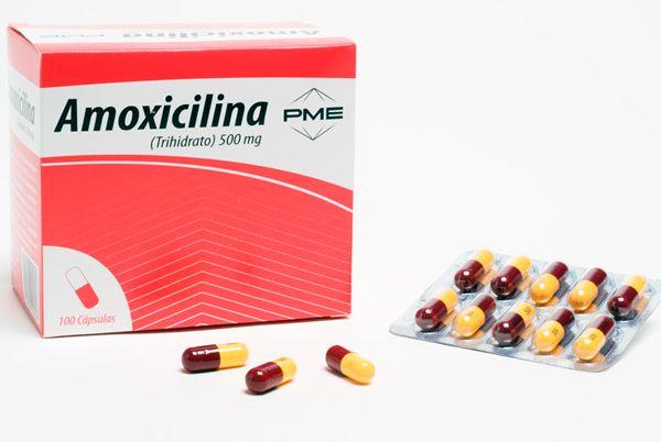 ANTIBIÒTIC NOM: Amoxicilina P.A.: Amoxicilina INDICACIÓ: infecciones de garganta, nariz y oídos, infecciones del tracto respiratorio inferior, infecciones del tracto genito-urinario sin complicaciones urológicas,  infecciones de la piel y tejidos blandos, infecciones en odonto-estomatología, infecciones del tracto biliar; enf. o borreliosis de Lyme: en el tto. de la infección precoz localizada, y de la infección diseminada o segundo estadío; fiebres tifoidea y paratifoidea,