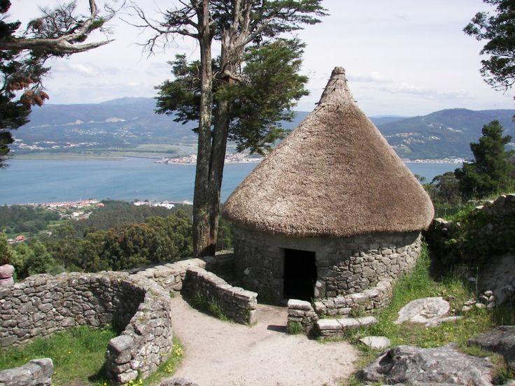 Este no puede faltar en el viaje a la Galicia: Castros celtas de Santa Tecla, en A Guarda #riasbaixas