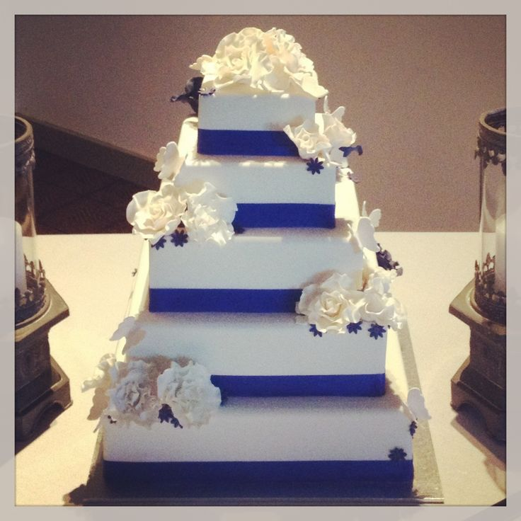 royal blue and white square wedding cakes royal blue wedding cake square 19357
