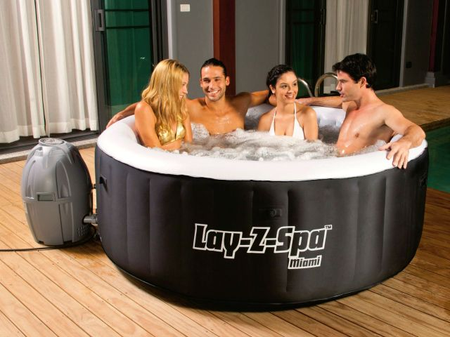 Always dreamed of having your very own hot tub? The Lay-Z-Spa Miami Inflatable Hot Tub is the affordable spa which can comfortably accommodate 4 adults! GetdatGadget.com/bestway-lay-z-spa-miami-now-everyone-can-spa/