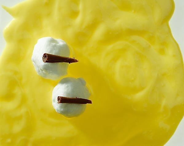 Sneeuwballetjes met vanillesaus Recept   Dr.Oetker