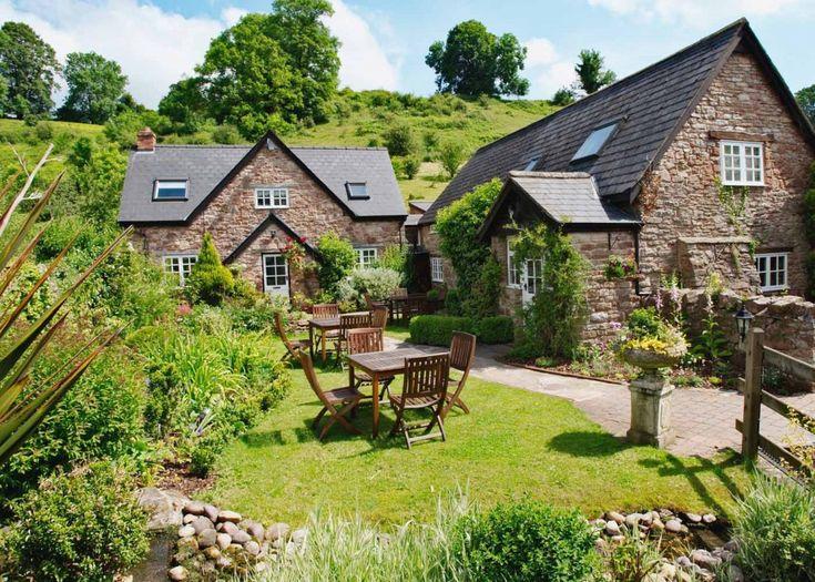 Tudor Farmhouse Clearwell