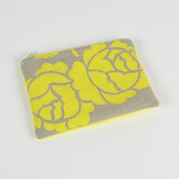 """LEMON ROSETTE COIN PURSE - I handscreen printed this linen a few weekends ago & made it into a coin purse, perfect for a stocking filler, look under """"Christmas sale"""" at www.shakiraaz.com.au"""