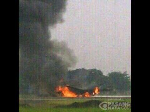 PESAWAT HIBAH F 16 TERBAKAR TNI AU Kapok Beli Pesawat Bekas