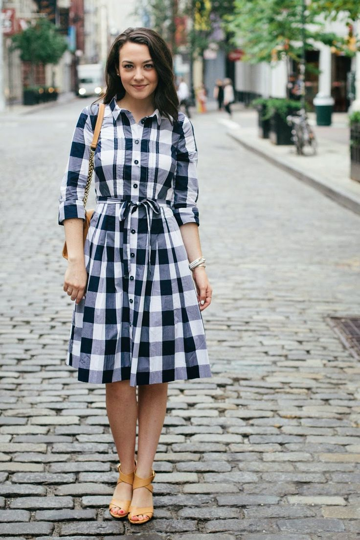 Gingham Shirtdress + tan strappy heeled sandals.