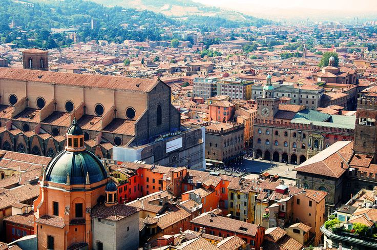 A view of Bologna from the Asinelli tower.