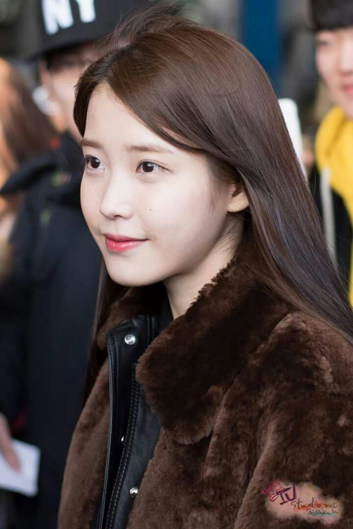 IU 160111 Incheon Airport Returnig From Taipei
