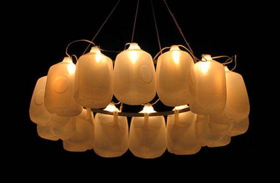6. Outdoor Chandelier    This particular milk jug craft project will not require you to cut up the container. In fact, the only thing that you need to do is to …