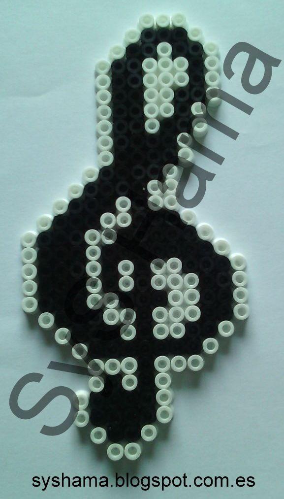Clave de Sol hecha con Hama Beads MIDI. También hago otras figuras. Si estas interesado en otra en especial y quieres que la haga, contacta conmigo: syshama6@gmail.com