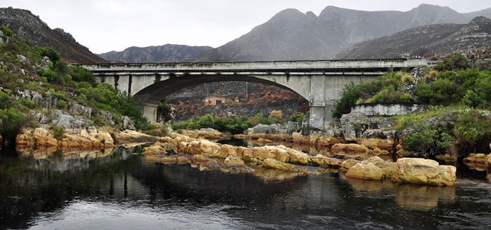 Kleinmond - Palmiet river bridge.