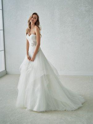 FLOWER. Abito da sposa con corsetto e schiena scoperta (stile principessa) | St. Patrick