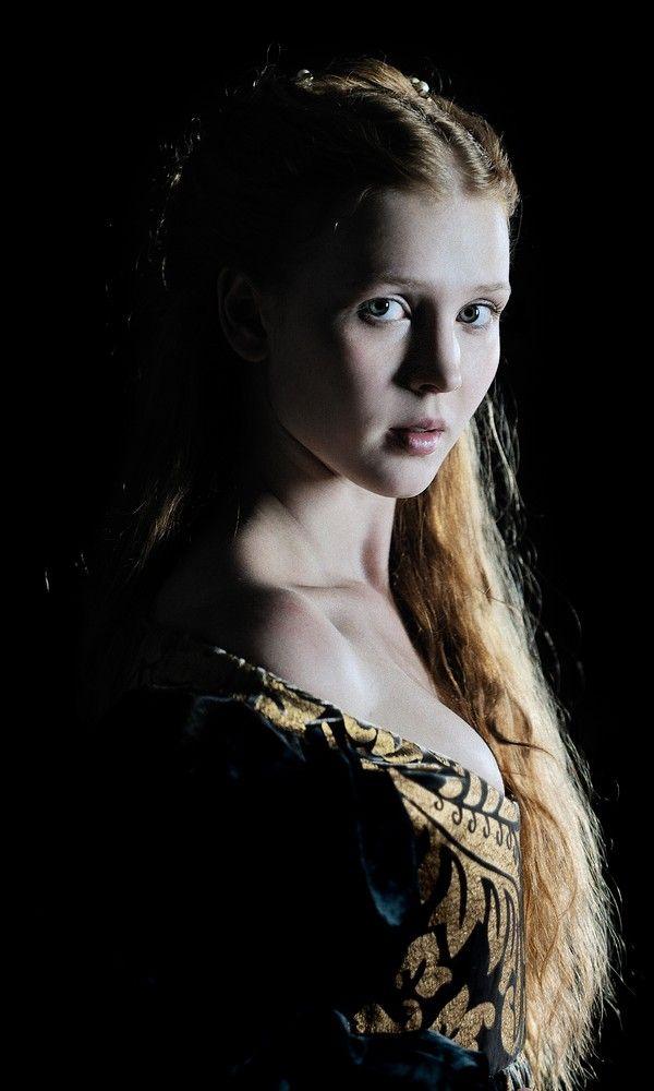 Lucrezia Borgia played by Isolda Dychauk in the Television Serie The Borgia