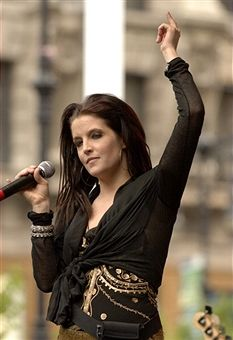 Lisa Marie Presley | Lisa Marie Presley during J & R Music and Computer World Host a Free ...
