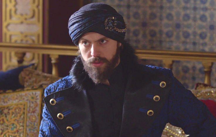 Sultan Murad IV (Metin Akdülger)