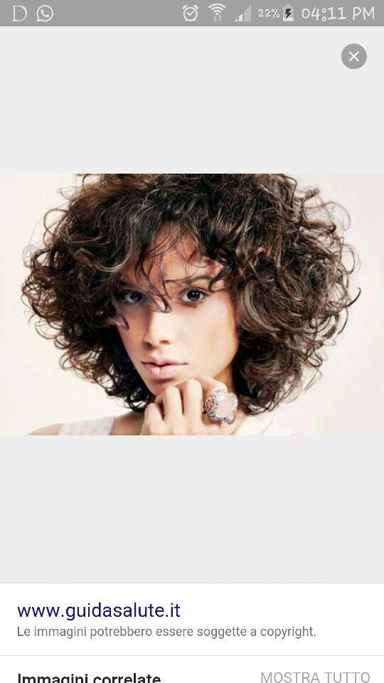 Medium lenght curly hair