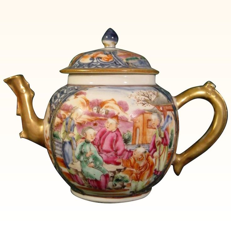 Antique 18th Century Chinese Export Porcelain Teapot in Mandarin Style c.1780 in Excellent Condition