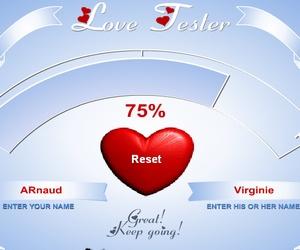 Tu es amoureux(se)? Teste son amour et la compatibilité entre vous. Note vos 2 prénoms et vois ce que la calculette de l'amour te répond.
