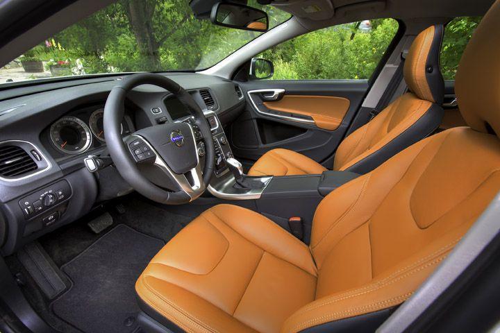 2013 Volvo S60 orange black grey seats door panels interior