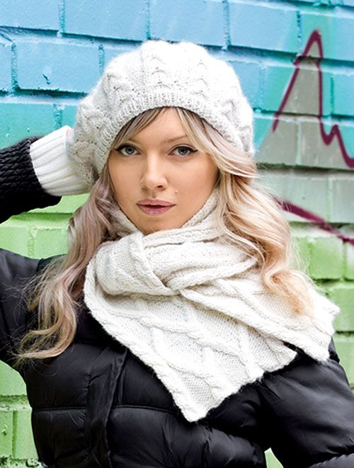 Берет и шарф с косами