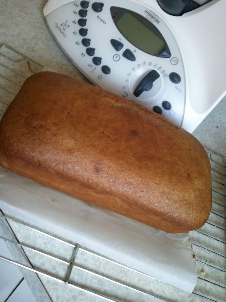 T h e r m o m a z i n g: Cafe Style Banana Bread