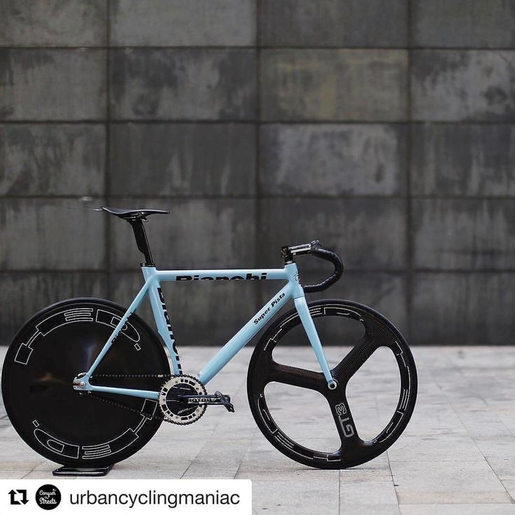 Real bikes not plastic ones : Photo From glastocycles tumblr Bianchi Pista concept 👍👌🔥💕na