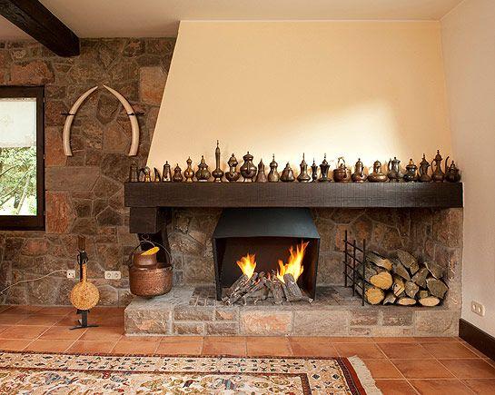 Oltre 25 fantastiche idee su camini in pietra per esterni - Chimeneas para casas ...