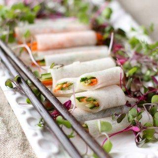 Szolgálják e frissítő, illatos, ropogós koreai fehér retek pakolások sült hal vagy grillezett húsokat a hűvös, tisztító harapás | www.kimchichick.com