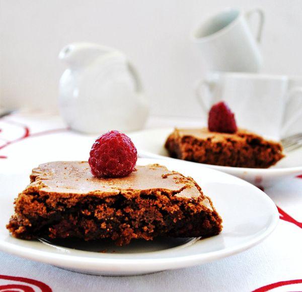 Brownies sin gluten de chocolate y frambuesa , Los brownies son una delicia muy fácil de hacer y que encanta a todo el mundo ¡y es muy fácil preparar además brownies sin gluten especiales para ...