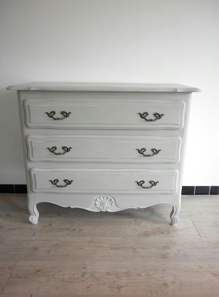 les 25 meilleures id es de la cat gorie commode louis xv sur pinterest tiroirs de commode. Black Bedroom Furniture Sets. Home Design Ideas