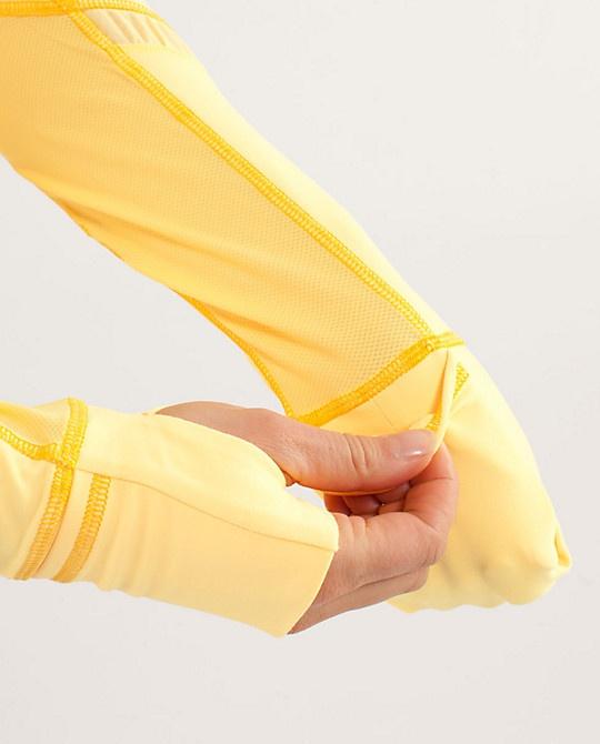 RUN:Reflect Pullover