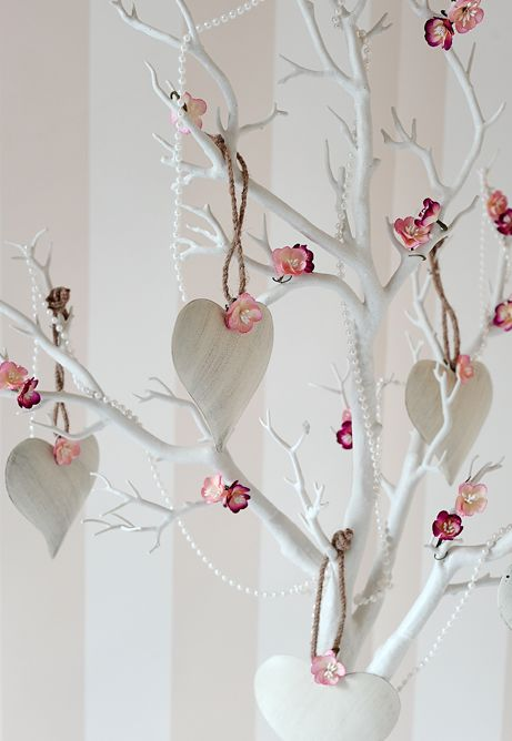 Manzanita And Pearl Wishing Tree A Simple But Beautiful Centrepiece
