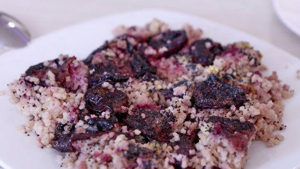 Jáhlový koláč se švestkami se hodí i do dlouhodobých očistných diet Foto: