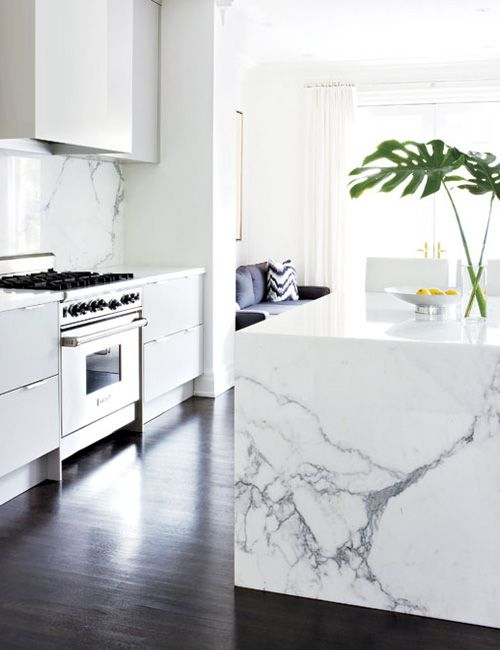 114 best images about interiors kitchens on pinterest for Encimera marmol blanco