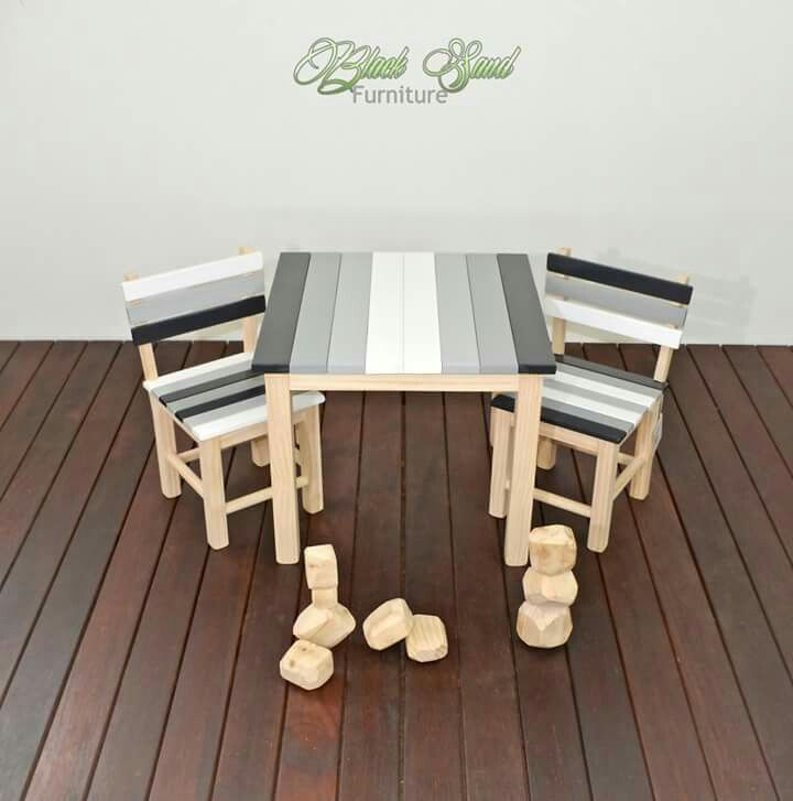 Kids ombre table set with bolder blocks. Hand made in New Zealand by Black Sand Furniture