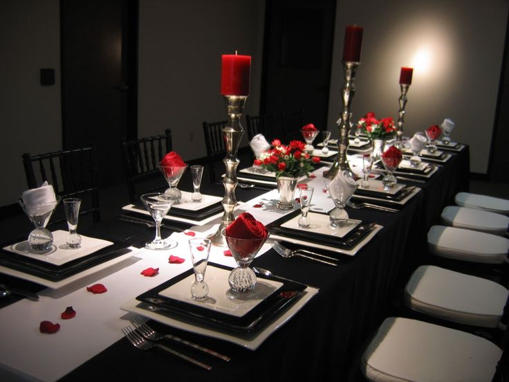 Black white and red table setting 2 dinner party for Black and white reception tables