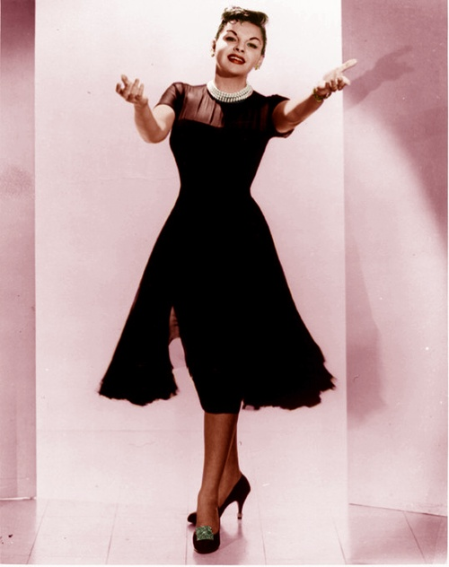 Judy Garland (Height 4'11)